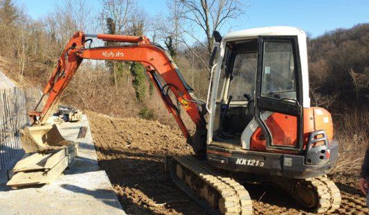 U485 – Escavatore Kubota KX121-3