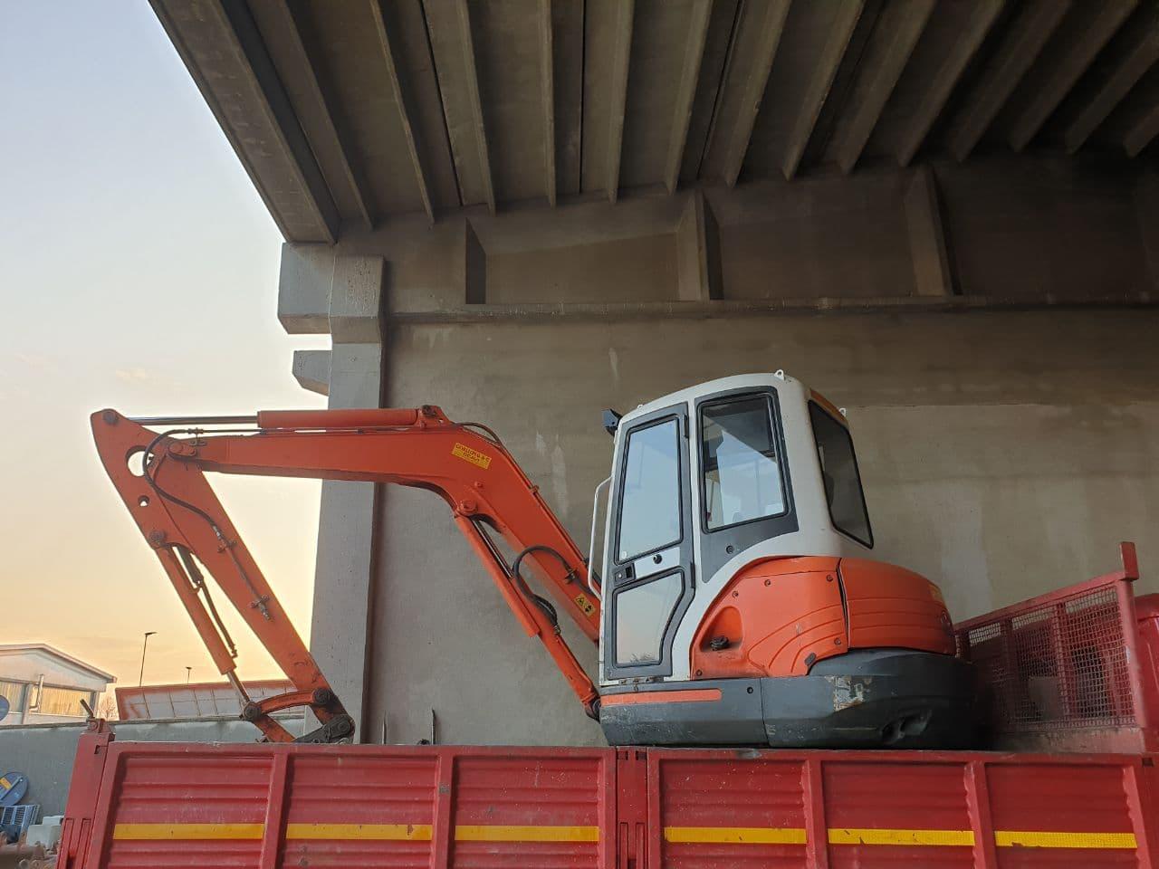 U489 – Escavatore Kubota KX161-3